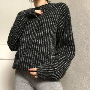 Sweaters - Oversized Contrast Knit Sweater